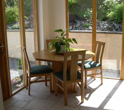Seafield House Bed & Breakfast: Entrance Hall