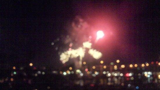 Kimpton RiverPlace Hotel: Fireworks