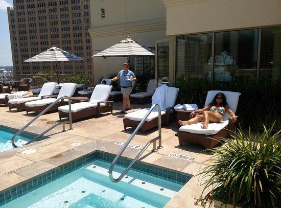 Mokara Hotel and Spa: Roof top pool