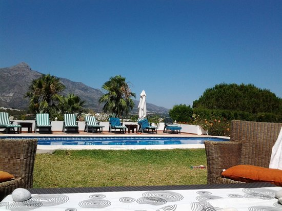 The Golf and Gourmet Place Marbella: poolside