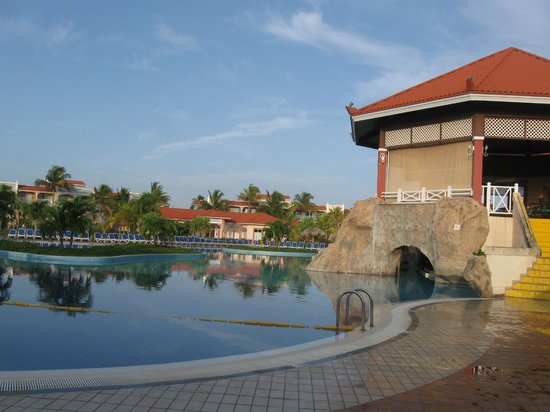 Memories Varadero Beach Resort: piscine principale