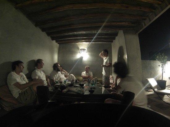 Riad Dar El Masa: Profitant de la fraicheur des nuits marocaines sur la terrasse