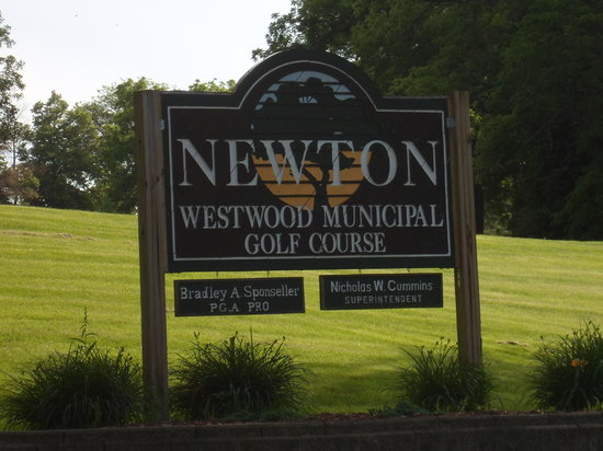 Westwood Golf Course: WESTWOOD GC-sign - Newton, IA