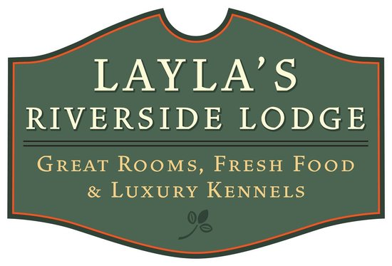 Dover, Вермонт: The Four Season's Inn is now Layla's Riverside Lodge!