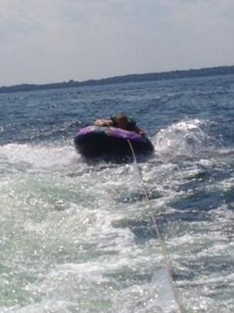 Heidel House Resort & Spa: Tubing on Green Lake