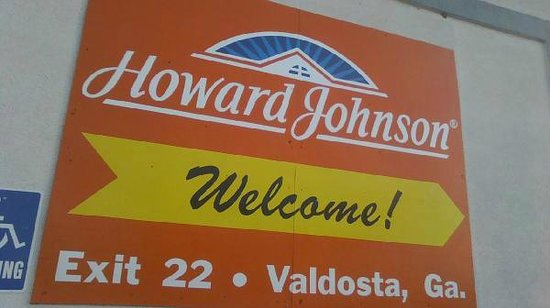 Howard Johnson Valdosta: Sign