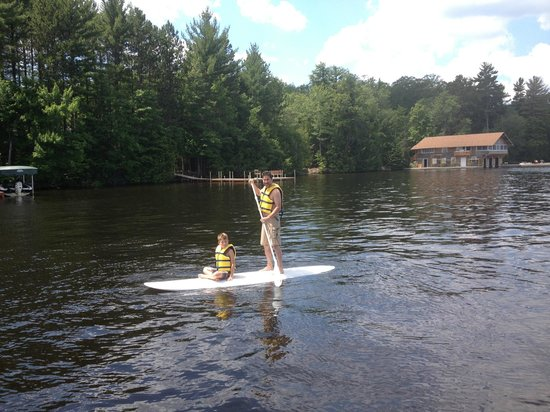 Northernaire Resort: We rented stand up paddle boards for the week from a local shop.