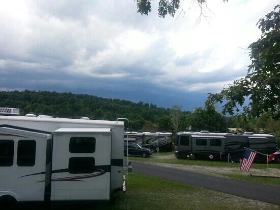 Hershey RV & Camping Resort: The view from H30 site.  Storms were rolling in.