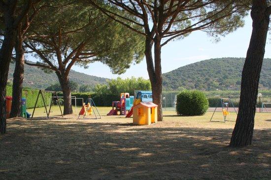 Aviotel Residence Hotel : parco giochi
