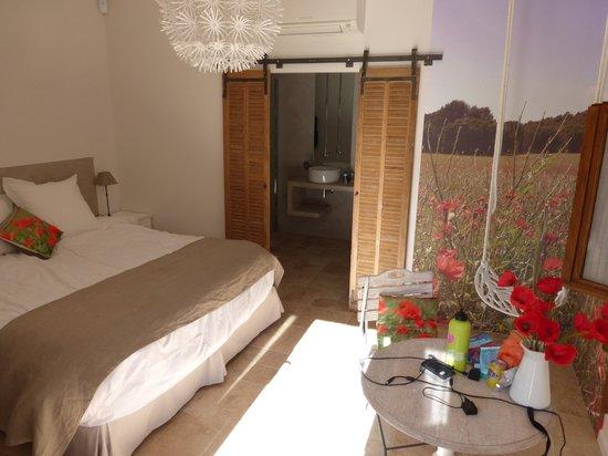 Les Mazets du Luberon : Beautiful, cozy design
