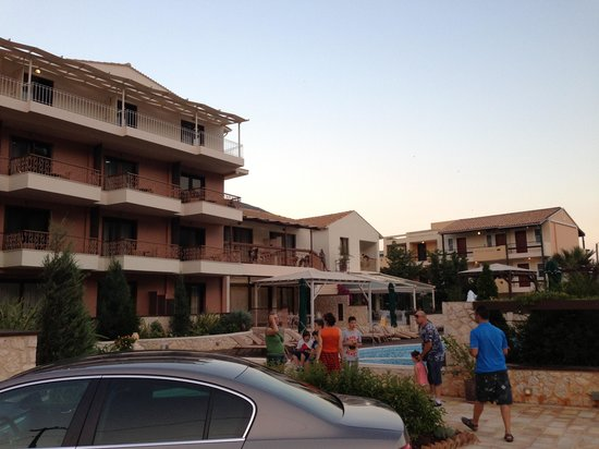 Enodia Hotel: H