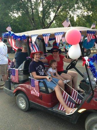 Yogi Bear's Jellystone Park North Texas: Parade