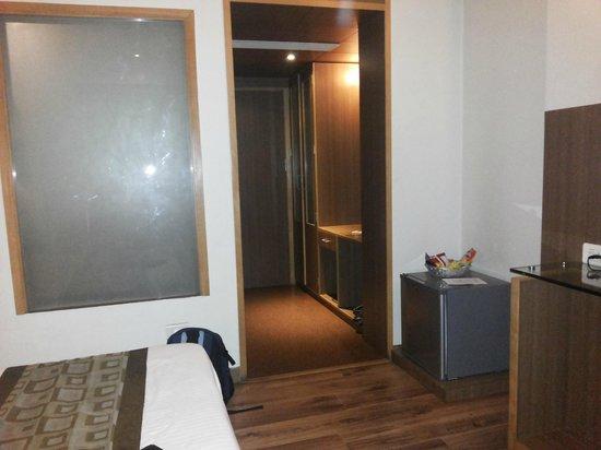 FabHotel Bani Park: Room 2