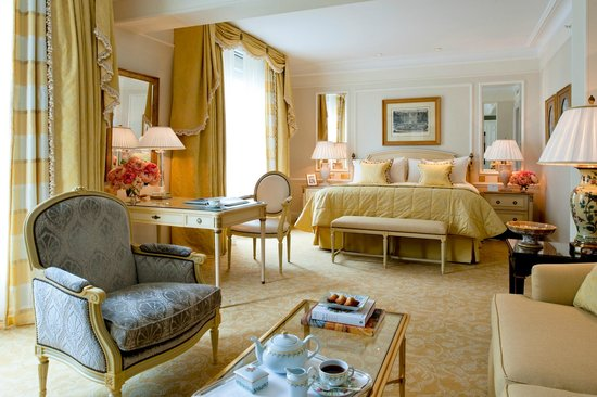 Four Seasons Hotel George V Paris: Premiere Room