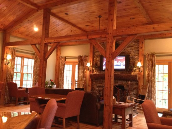 Village Inn of Blowing Rock: dining area