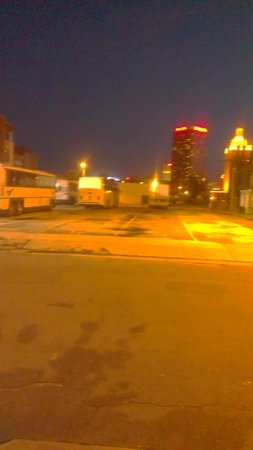 Super 8 Atlantic City: Bus depot across the street - deserted at night
