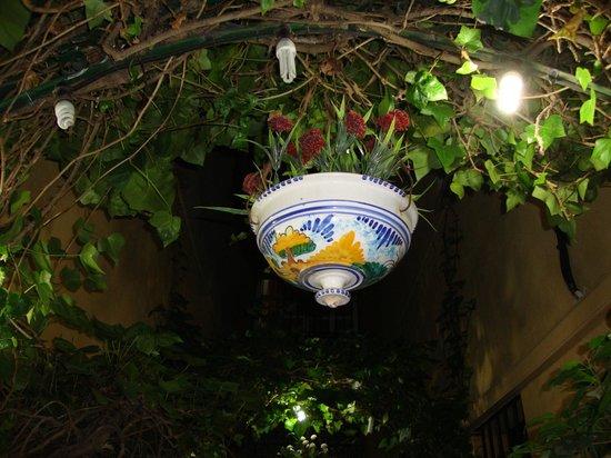 Hostal Atenas: particolare ingresso