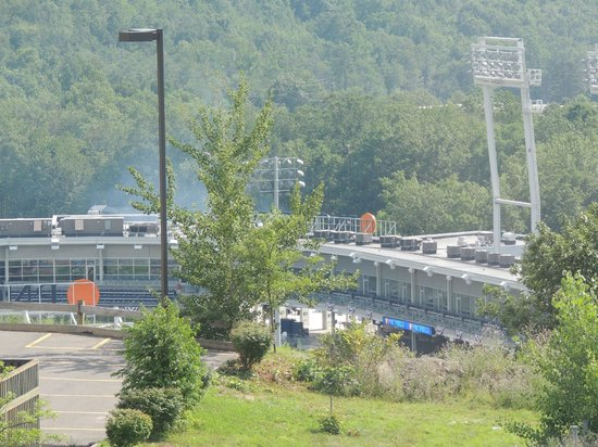 SpringHill Suites Scranton Wilkes-Barre: View of Ballpark from Room