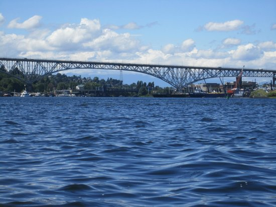 Northwest Outdoor Center: View of Bridge while kayaking Lake Union