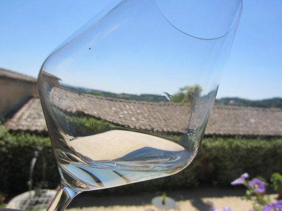 Agriturismo Marciano : On arrival they offer a glass of their wine