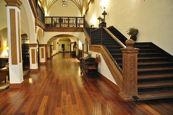 Hotel Monasterio de Piedra & Spa: Escaleras