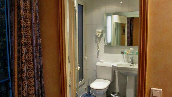 Hotel Du Midi Paris Montparnasse: unser Badezimmer