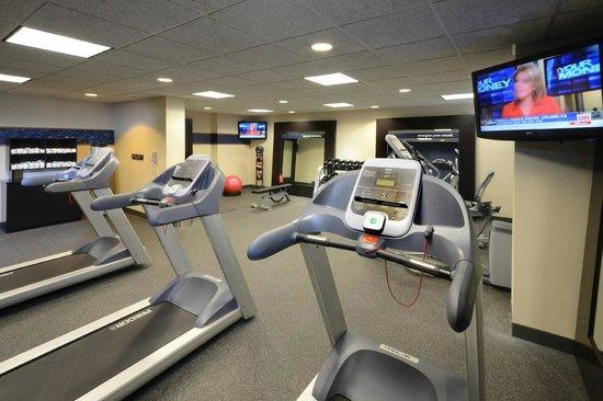 Hampton Inn Roxboro: Fitness CEnter