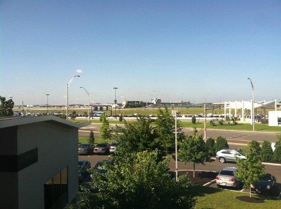 aloft Philadelphia Airport: Airport View