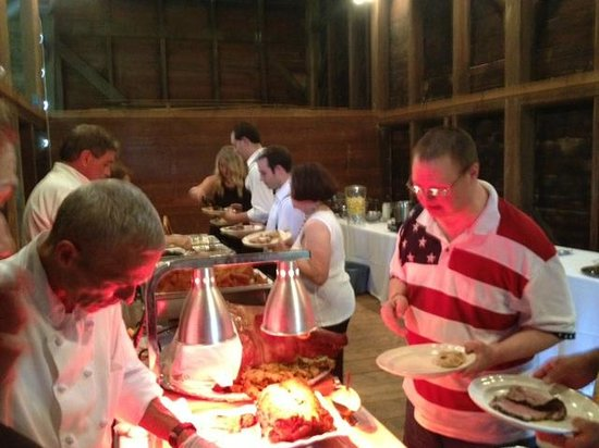 Mamma D's Restaurant: Wedding Buffet at Tinicum Barn