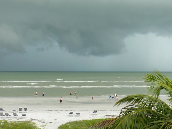 Sanibel Siesta on the Beach: Afternoon storm rolling in. View from our front door.