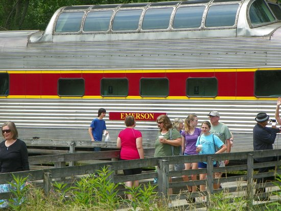 Cuyahoga Valley Scenic Railroad: Emerson-First Class & Dome Seating
