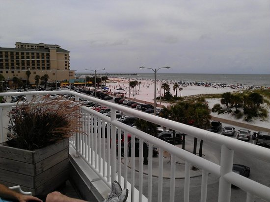 Palm Pavilion Inn : rooftop view 2