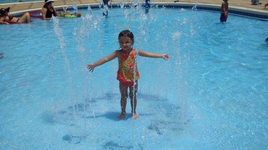 Hilton Pensacola Beach: Having Fun