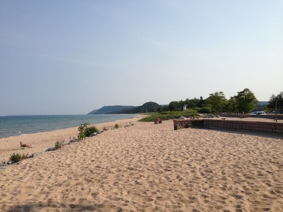‪Lake Michigan Beach Park‬