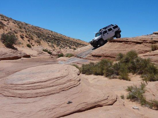 Hummer slot canyon tours