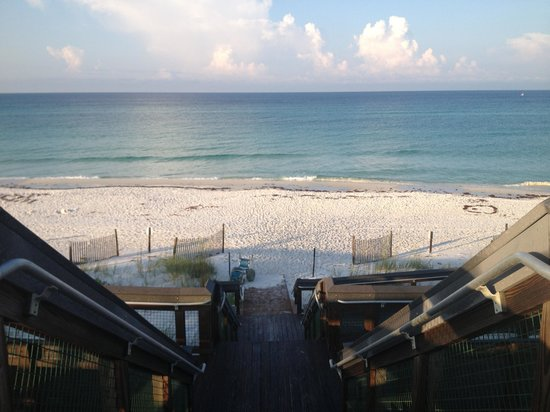Cabins at Grayton Beach State Park: Boardwalk to beach