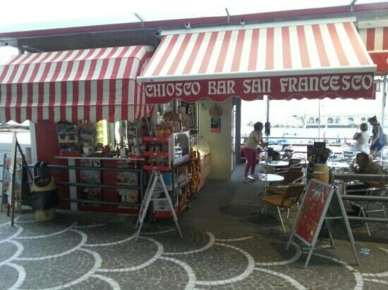 Chiosco Bar S. Francesco: Snack, drink etc.