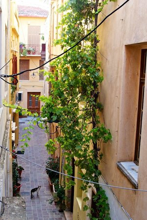 Ionas Boutique Hotel: View to a side street from the balcony of a second floor room