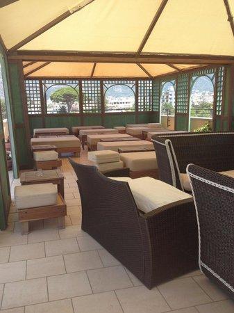 Hotel La Pergola: Rooftop terrace area
