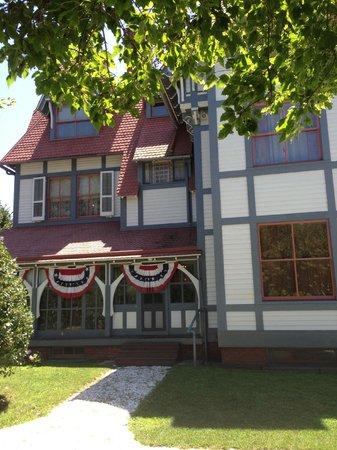 Emlen Physick Estate: Physick Mansion