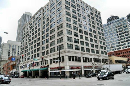 Hampton Inn & Suites Chicago - Downtown : Außenansicht