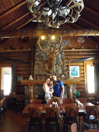 Markstay, Kanada: Main dining area in the lodge