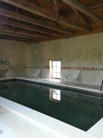 Château de Failloux : piscine couverte et chauffée