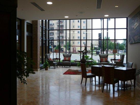 Best Western Premier Waterfront Hotel & Convention Center: Lobby