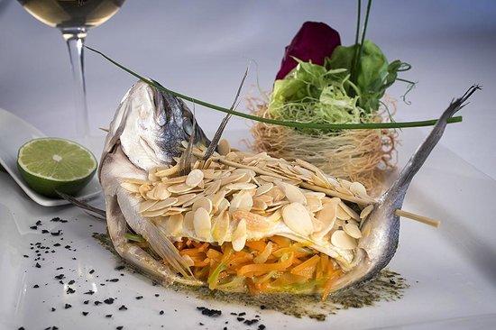 Fish Market: Dorado with vegetable julienne