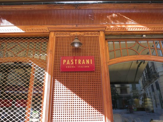 Osteria Pastrani: close up of signage on front