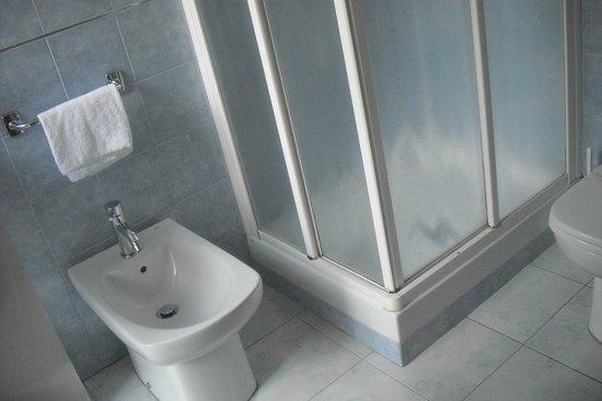 Nuovo Albergo Centro: il bagno