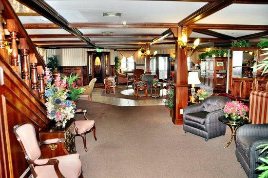 Rodeway Inn Auburn-Foresthill: Lobby