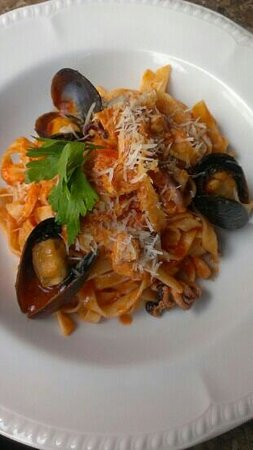Konventa Terrace: sea food pasta