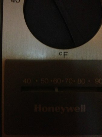 Doubletree Missoula/Edgewater: 60 degrees in the room.
